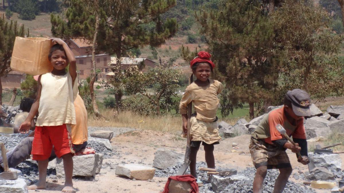 Dzieci na Madagaskarze